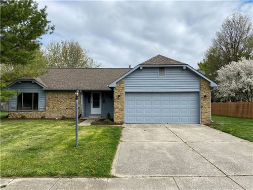 Photo of 108 Hickorywood Court, Brownsburg, IN 46112 (MLS # 21778343)