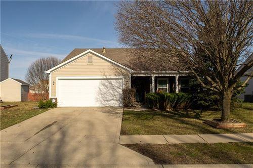 Photo of 1205 Silver Ridge Lane, Brownsburg, IN 46112 (MLS # 21773347)