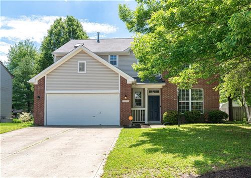 Photo of 12117 East HARVEST GLEN Drive, Indianapolis, IN 46229 (MLS # 21712349)