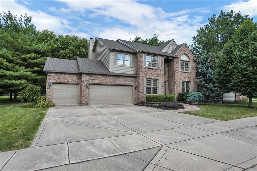 Photo of 9804 Wentworth Court, Carmel, IN 46032 (MLS # 21722353)