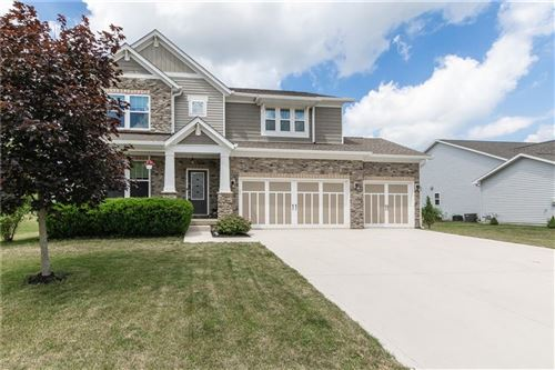 Photo of 6036 CHESTNUT EAGLE Drive, Zionsville, IN 46077 (MLS # 21709355)