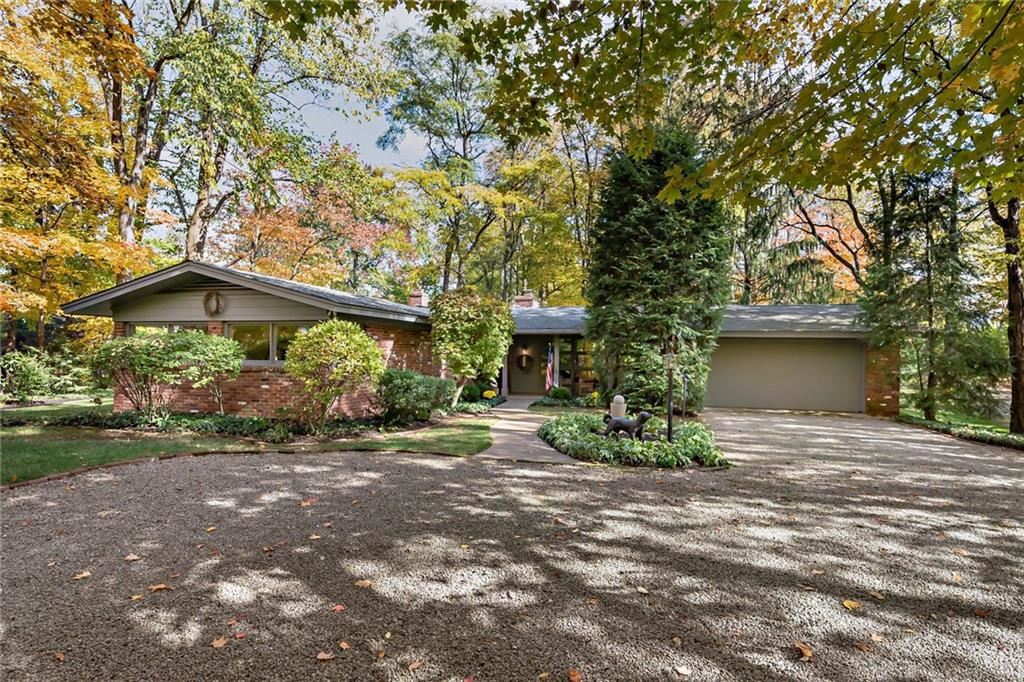8181 Oak Hill Drive, Indianapolis, IN 46250 - #: 21680361
