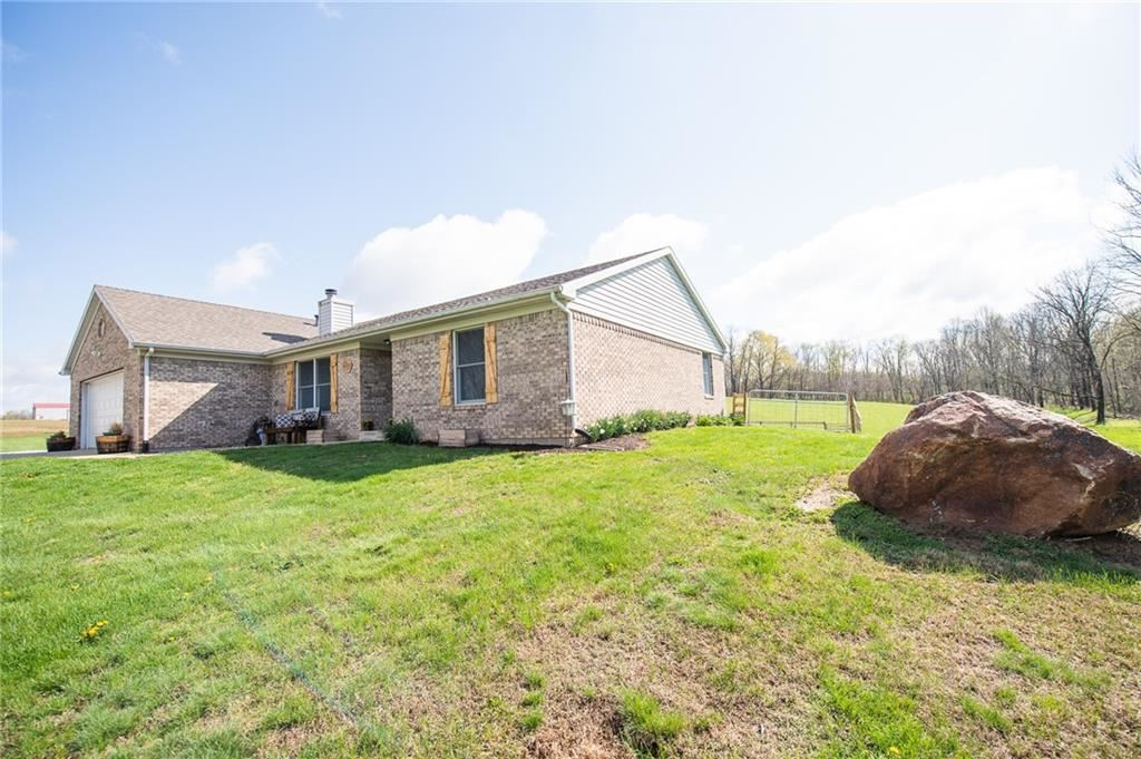 Photo of 4685 North County Road 600 W, Greencastle, IN 46135 (MLS # 21777361)