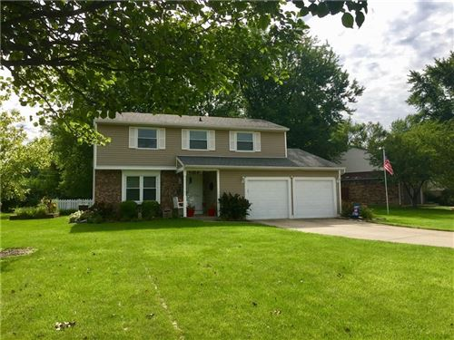 Photo of 1301 BROWNSWOOD Drive, Brownsburg, IN 46112 (MLS # 21728363)