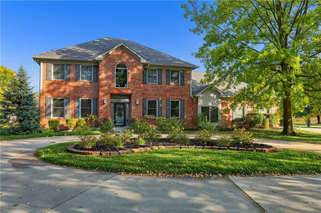 Photo of 10132 Summerlakes Drive, Carmel, IN 46032 (MLS # 21744363)