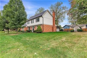 Photo of 7710 WARBLER, Indianapolis, IN 46256 (MLS # 21658365)