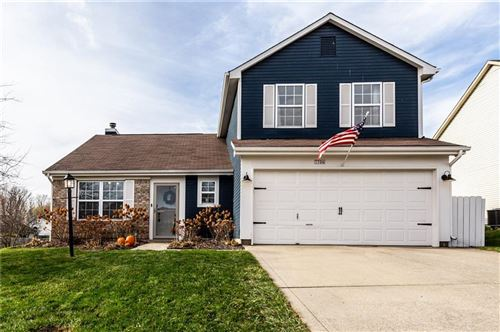 Photo of 7706 High View Drive, Indianapolis, IN 46236 (MLS # 21752371)