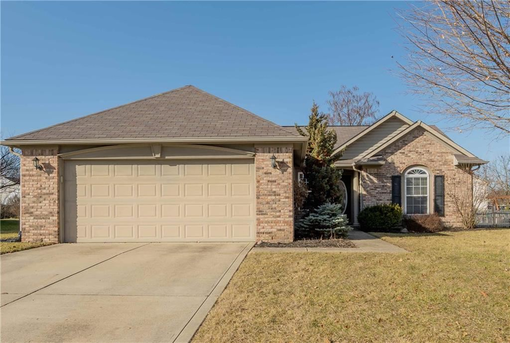 Photo of 13984 Brightwater Drive, Fishers, IN 46038 (MLS # 21693371)