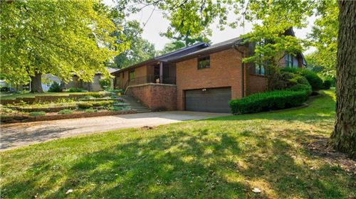 Photo of 6865 East Pleasant Run Parkway South S Drive, Indianapolis, IN 46219 (MLS # 21739372)