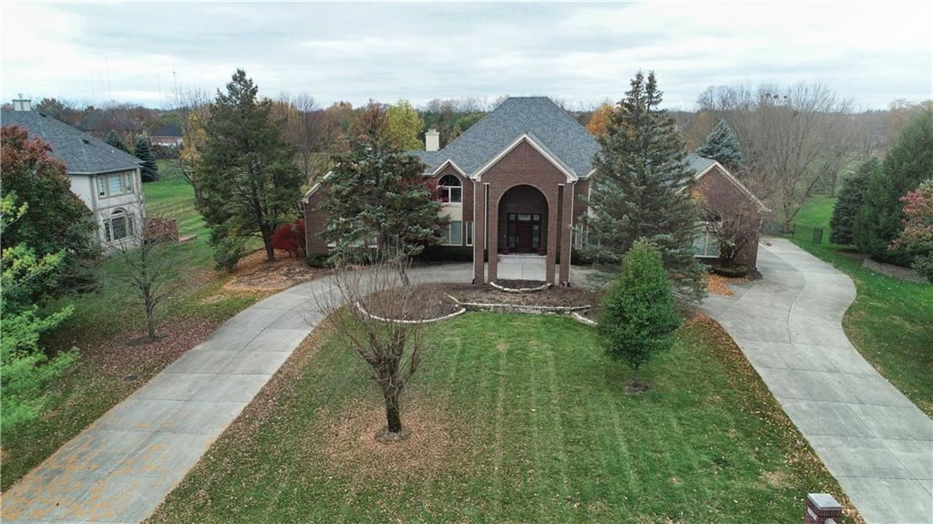 Photo of 9750 Summerlakes Drive, Carmel, IN 46032 (MLS # 21680373)