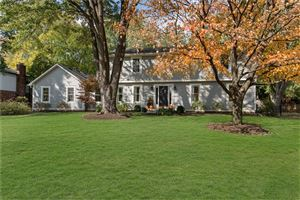 Photo of 11712 ROLLING SPRINGS Drive, Carmel, IN 46033 (MLS # 21681374)