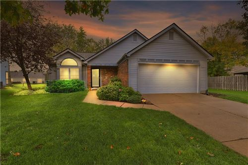 Photo of 7849 Stonebranch South Drive, Indianapolis, IN 46256 (MLS # 21820374)