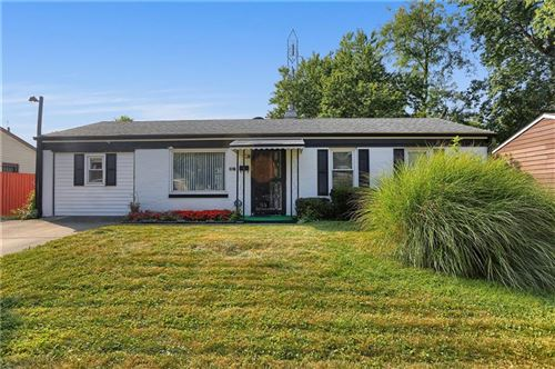 Photo of 6327 Meadowlark Drive, Indianapolis, IN 46226 (MLS # 21742375)