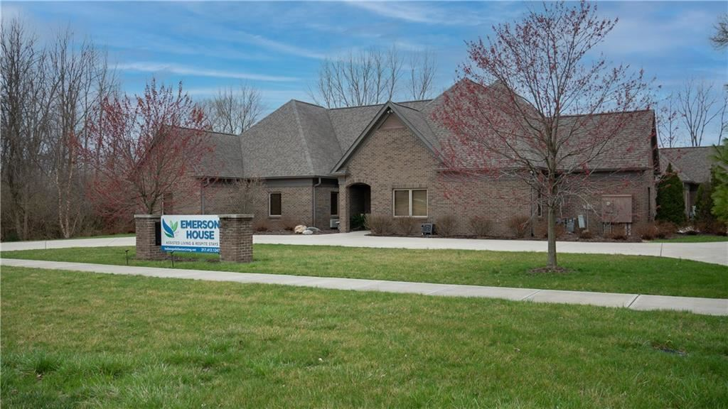 Photo of 5510 South Emerson Avenue, Indianapolis, IN 46237 (MLS # 21774375)
