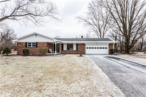Photo of 5207 East 68th Street, Indianapolis, IN 46220 (MLS # 21690376)