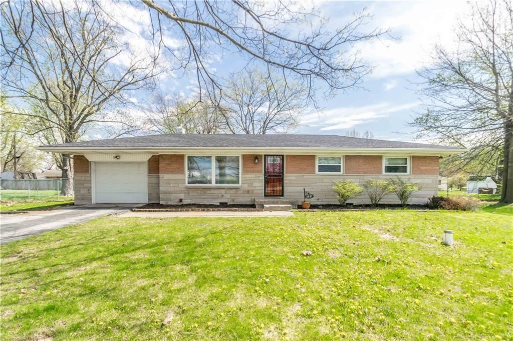 Photo of 8051 Meadow Lane, Indianapolis, IN 46227 (MLS # 21777379)