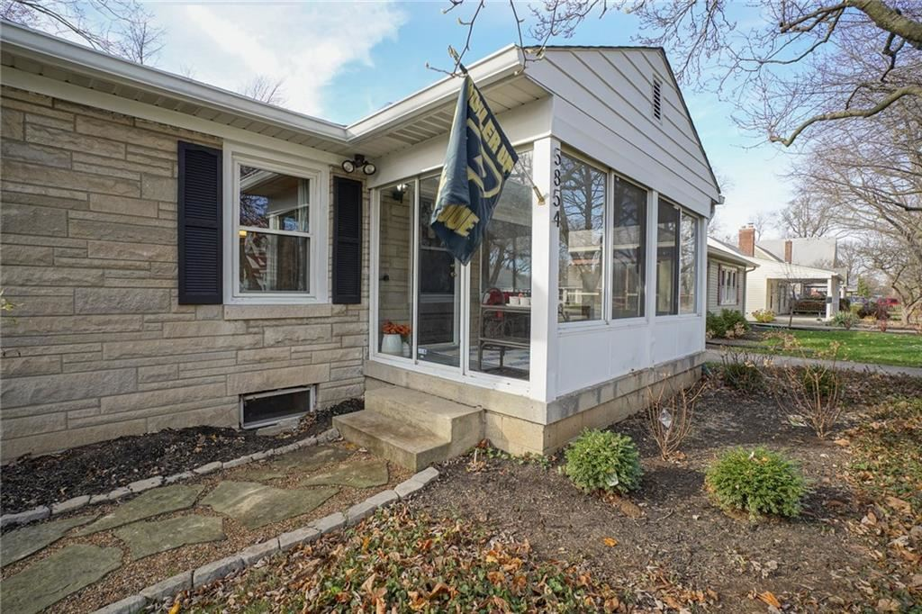 Photo of 5854 Rosslyn Avenue, Indianapolis, IN 46220 (MLS # 21754380)