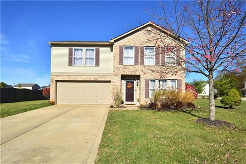 Photo of 10110 Pine Grove Way, Indianapolis, IN 46234 (MLS # 21751383)