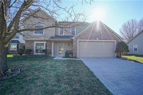 Photo of 2929 Sunmeadow Court, Indianapolis, IN 46228 (MLS # 21761383)