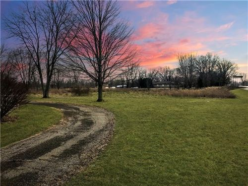 Photo of 2563 North STATE ROAD 267, Brownsburg, IN 46112 (MLS # 21690387)