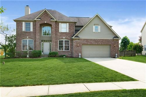 Photo of 8805 Weather Stone Crossing, Zionsville, IN 46074 (MLS # 21737387)
