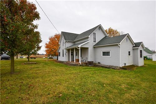 Photo of 802 South 1100 E, Zionsville, IN 46077 (MLS # 21745389)
