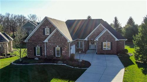 Photo of 8630 VINTNER Court, Indianapolis, IN 46256 (MLS # 21754395)