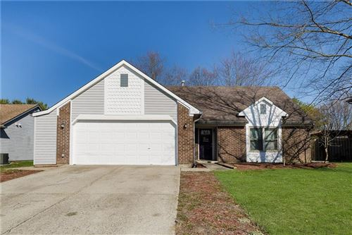 Photo of 7343 Cobblestone East Drive, Indianapolis, IN 46236 (MLS # 21699396)