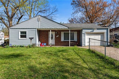 Photo of 6174 Raleigh Drive, Indianapolis, IN 46219 (MLS # 21778396)