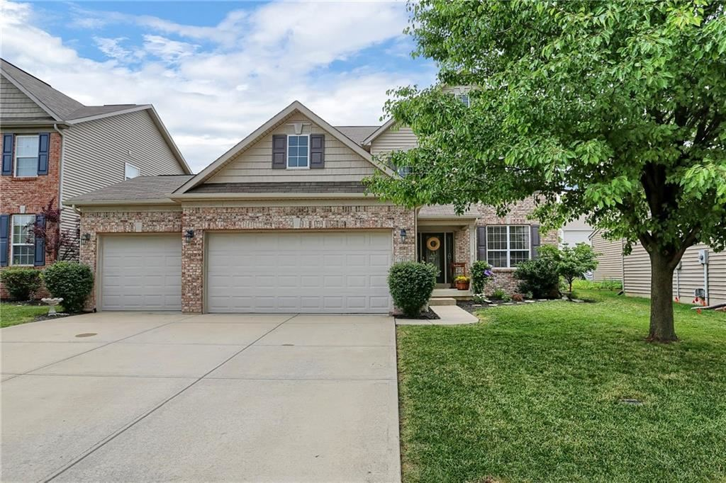 Photo of 7811 Parkdale Drive, Zionsville, IN 46077 (MLS # 21720399)