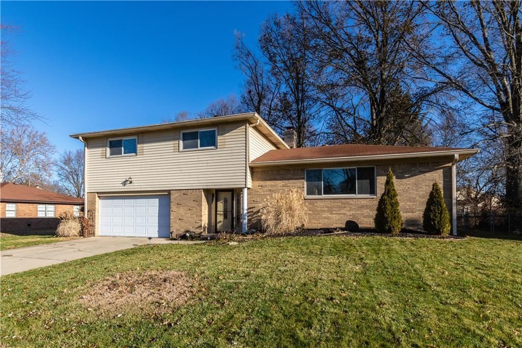 8035 Hoover Lane, Indianapolis, IN 46260 - #: 21684400