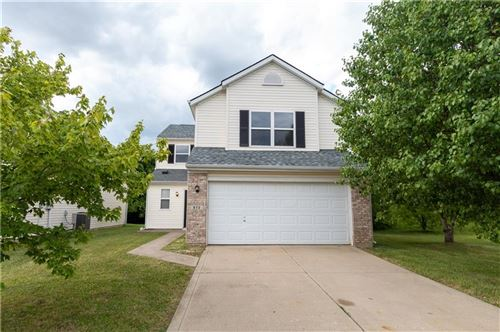Photo of 672 VERNON Place, Westfield, IN 46074 (MLS # 21722401)