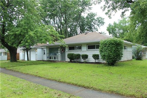 Photo of 6730 East 49th Street, Indianapolis, IN 46226 (MLS # 21728403)