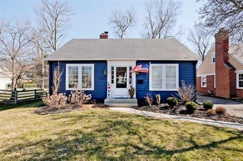 Photo of 5945 Kingsley Drive, Indianapolis, IN 46220 (MLS # 21769403)