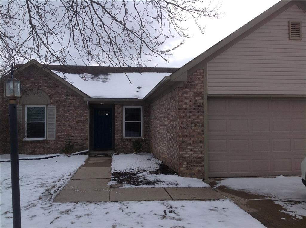 Photo of 1935 Maple Park Drive, Westfield, IN 46074 (MLS # 21697403)