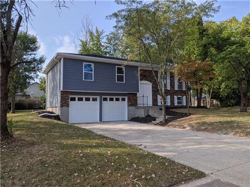 Photo of 1301 West Stillwater Lane, Greenwood, IN 46142 (MLS # 21739404)
