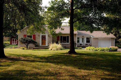 Photo of 901 Woodhill Drive, Indianapolis, IN 46227 (MLS # 21813408)