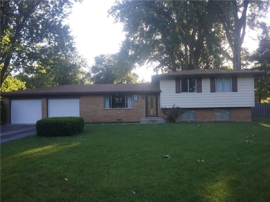 5918 Pine Hill Drive, Indianapolis, IN 46235 - #: 21728410