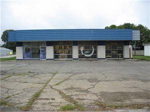 Photo of 618 East MAIN, Brownsburg, IN 46112 (MLS # 21593414)