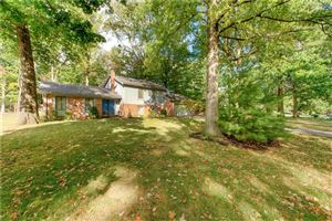 Photo of 420 Woodland West, Greenfield, IN 46140 (MLS # 21671414)
