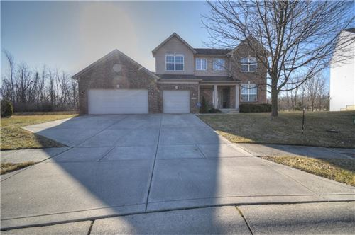 Photo of 10437 GLADEVIEW Court, Indianapolis, IN 46239 (MLS # 21769415)