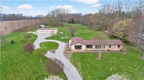 Photo of 710 South State Road 39, Danville, IN 46122 (MLS # 21704416)