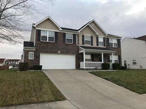 Photo of 10845 GREEN MEADOW PLACE, Indianapolis, IN 46229 (MLS # 21754417)