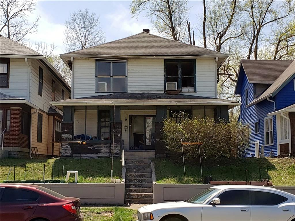 Photo of 3209 Brookside Parkway South Drive, Indianapolis, IN 46201 (MLS # 21777419)