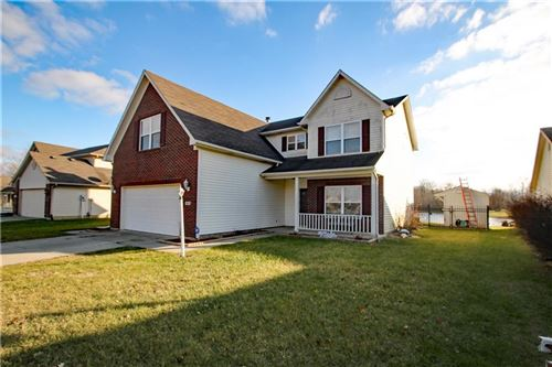 Photo of 7403 Kidwell Drive, Franklin, IN 46239 (MLS # 21685421)