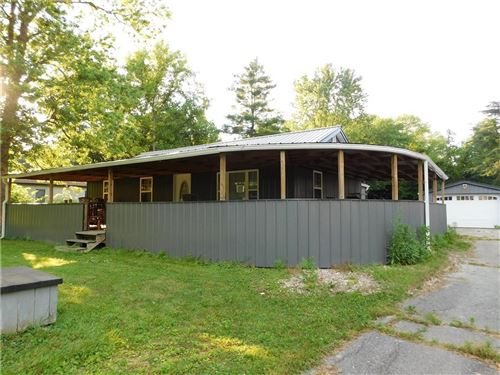 Photo of 6624 Valley Mills Avenue, Indianapolis, IN 46241 (MLS # 21792423)