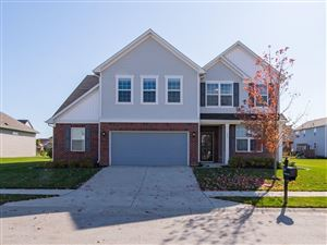 Photo of 975 Workington Circle, Westfield, IN 46074 (MLS # 21676425)