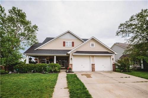 Photo of 5111 AVIAN LN Lane, Indianapolis, IN 46236 (MLS # 21712427)