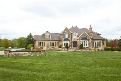 Photo of 11541 Willow Springs Drive, Zionsville, IN 46077 (MLS # 21709428)