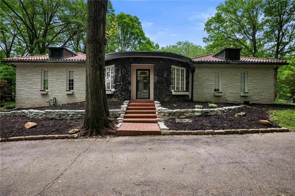 6225 Hillcrest Lane, Indianapolis, IN 46220 - #: 21646430